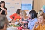 В «Газпромнефть-Оренбурге» прошел день творчества для мам детей-инвалидов