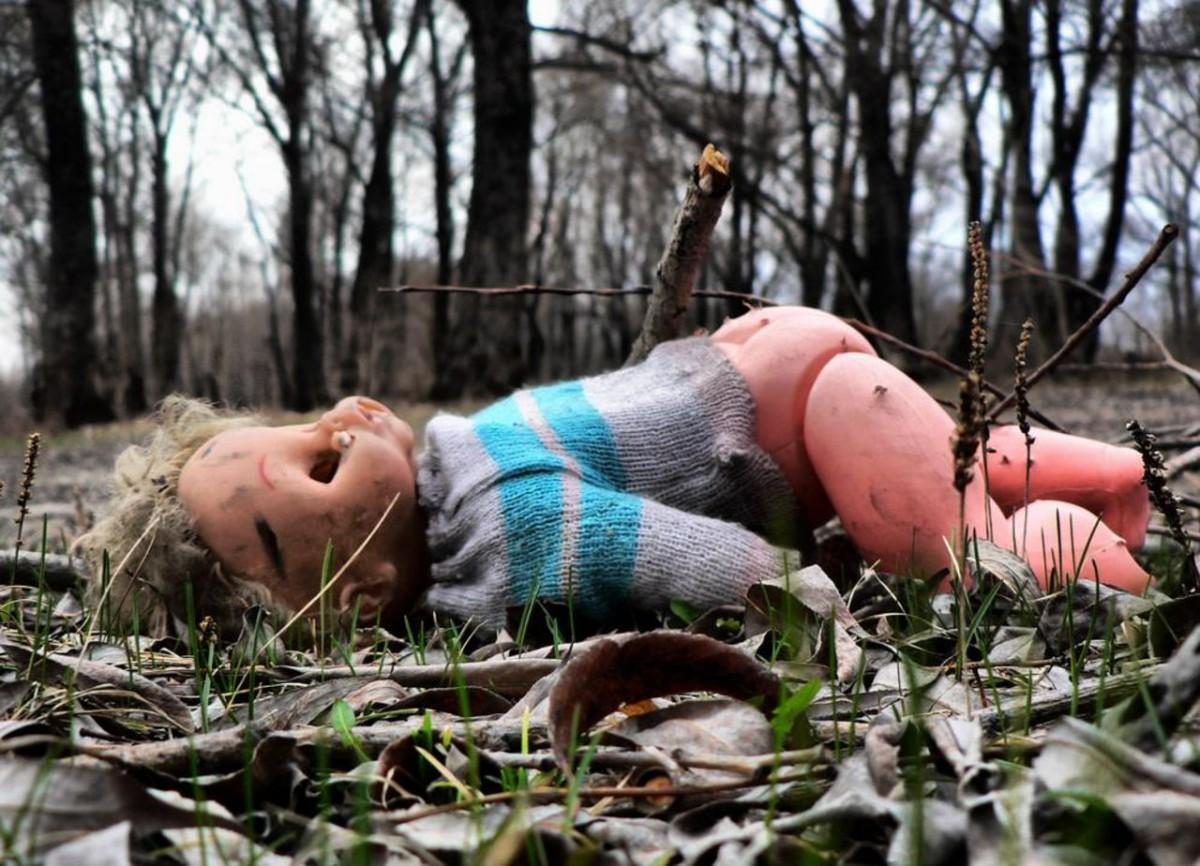 В Илекском районе местный житель издевался над пятилетним ребенком.
