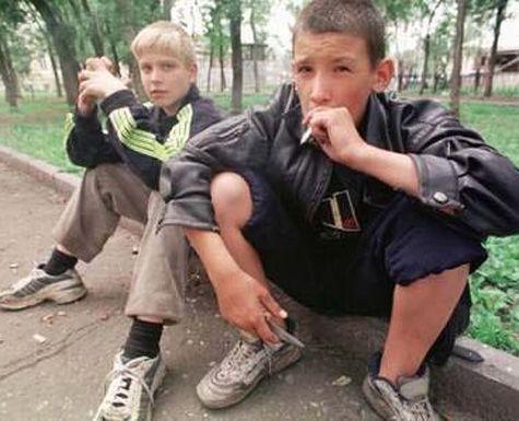 В Восточном Казахстане перевоспитывают трудных подростков с помощью